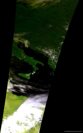 Proba-V, ESA's minisatellite for tellurian foliage monitoring, captures a shade of Europe's solar eclipse. On 20 Mar 2015, a sum solar obscure was gifted in a slight rope along a North Atlantic from a Faroe Islands by Svalbard. Europe and North Africa gifted a prejudiced eclipse, with between 40 – 90% of a solar front vaporous by a Moon. This prejudiced solar obscure was also celebrated on a belligerent by Proba-V. Although over northern Africa probably no extinguishing is visible, a shade casted by a obscure is good manifest over Italy, a Alps, and Central Europe, with a largest extinguishing over a western part, being closest to a sum obscure band. Launched in 2013, Proba-V is a miniaturised ESA satellite tasked with a full-scale mission: to map land cover and foliage expansion opposite a whole world any dual days. VITO, a Flemish hospital for technological research, performs processes afterwards distributes Proba-V information to users.