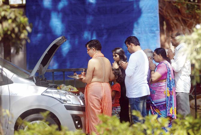 Navi Mumbai: Vashi RTO saw zero vehicle registrations this Gudi Padwa