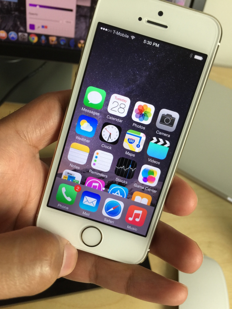 ReachAll brings Reachability-inspired functionality to a iPhone 5s and comparison devices